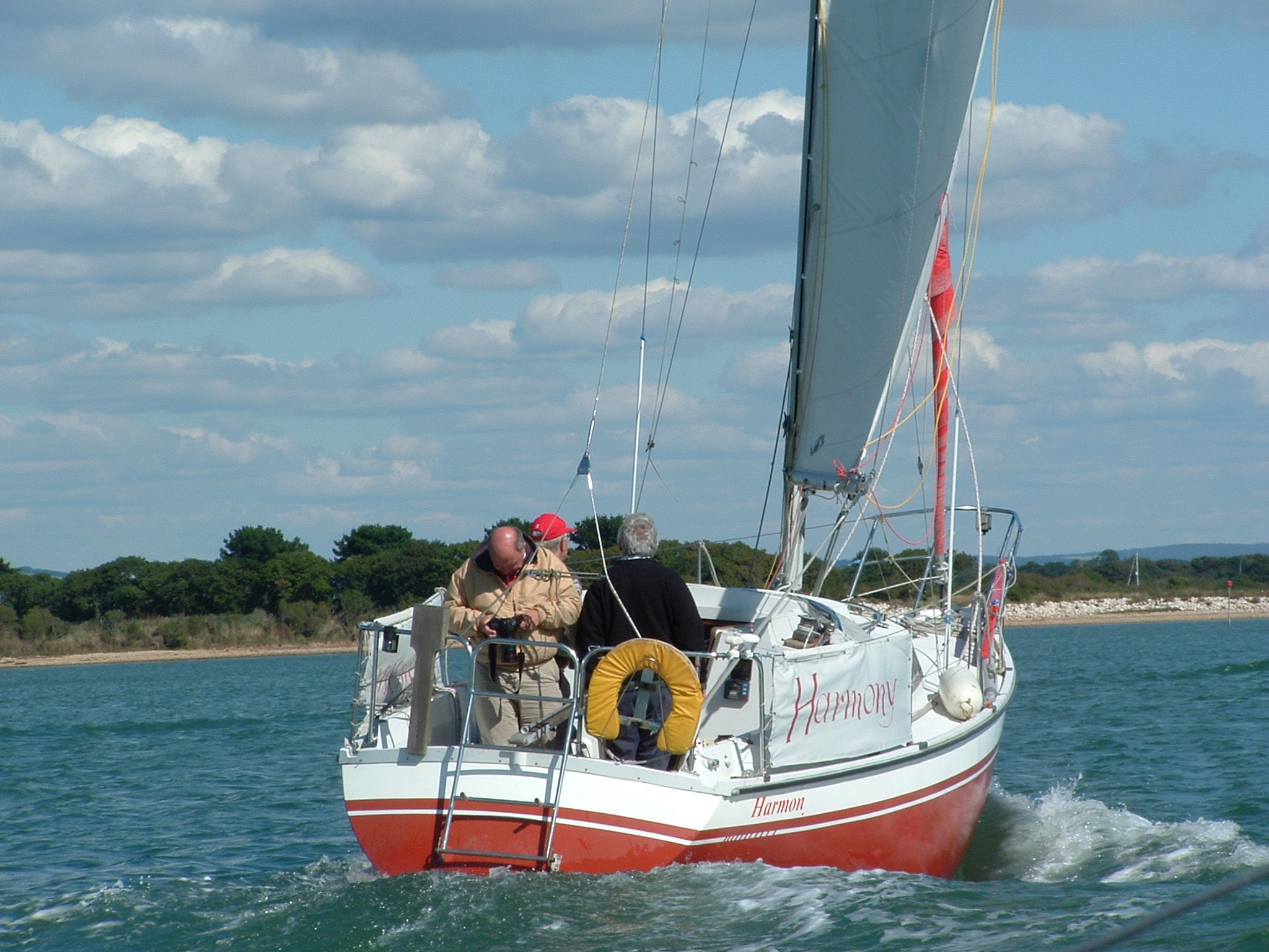 02 Harmony sails into Chichester